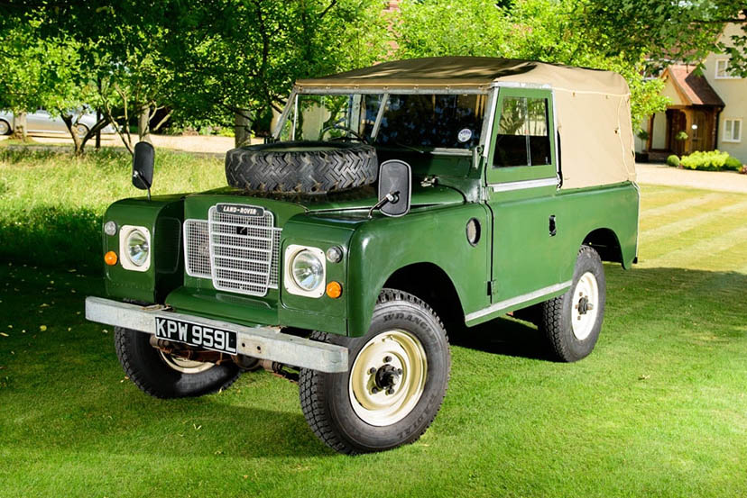 Image of a Land Rover Series 3